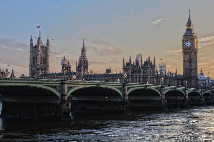 Trouver un job d'été en Angleterre à Londres