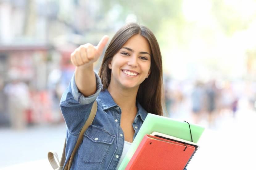 Assurance santé à l'étranger : quels sont les risques à ne pas souscrire lorsque l'on est étudiant ?