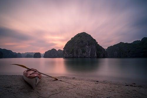 stage-vietnam