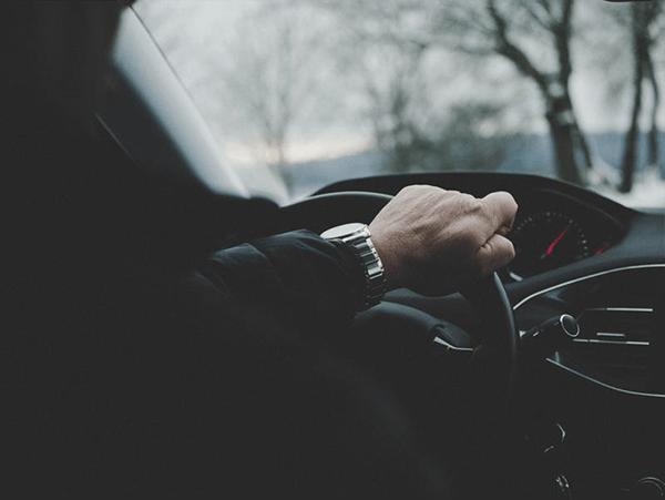 Quelles démarches effectuer pour pouvoir conduire une voiture à l'étranger ?
